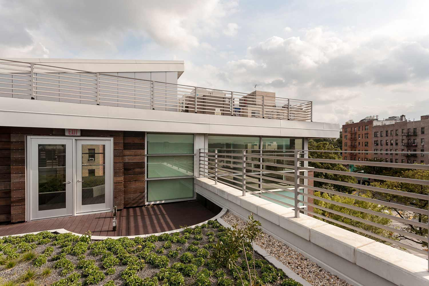 The rooftop terrace at Kingsbridge Terrace offer expansive views and a green retreat for residents.