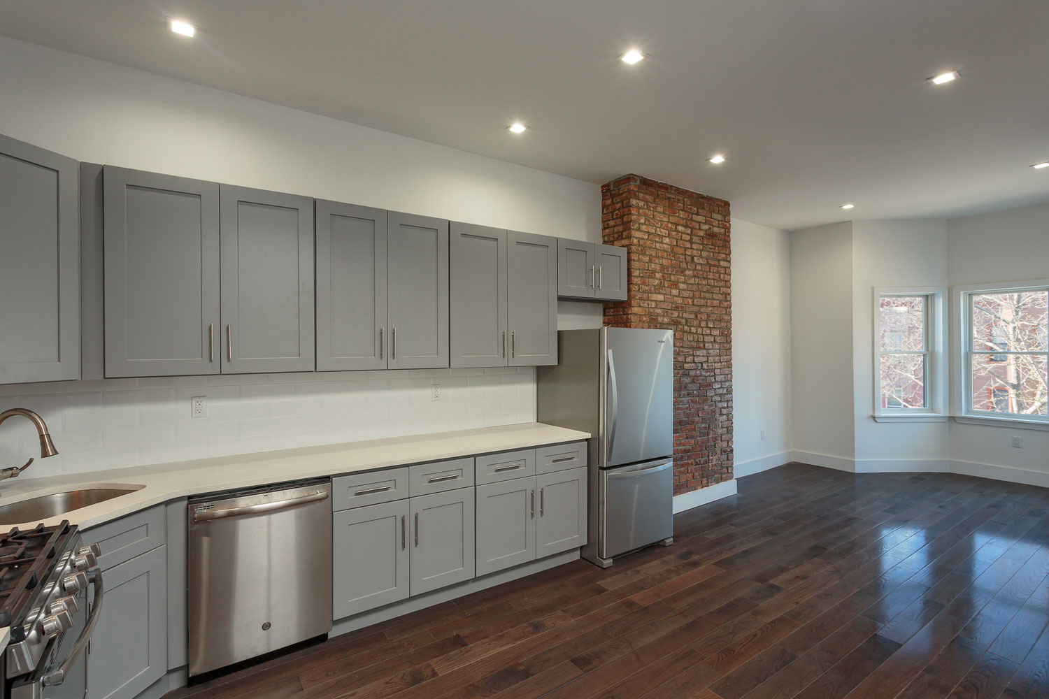 Open kitchen at the Decatur Street townhouse renovation by OCV Architects